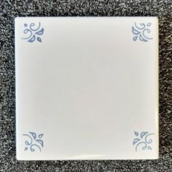 Ref : BLANC FLEURS BLEUES  10x10